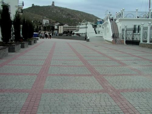 Плитка тротуарная(дорожная) Брусчатка 80, 5 элементов, толщина 80 мм. Цвет серый. Цветная - доплата за цвет 9-42 грн.