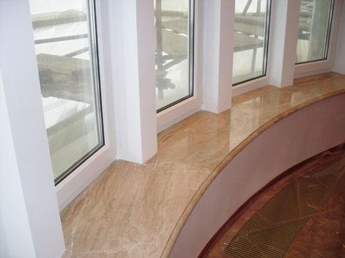 Подоконник мраморный. Изготовление и монтаж подоконников из натурального камня (мрамор, гранит.)