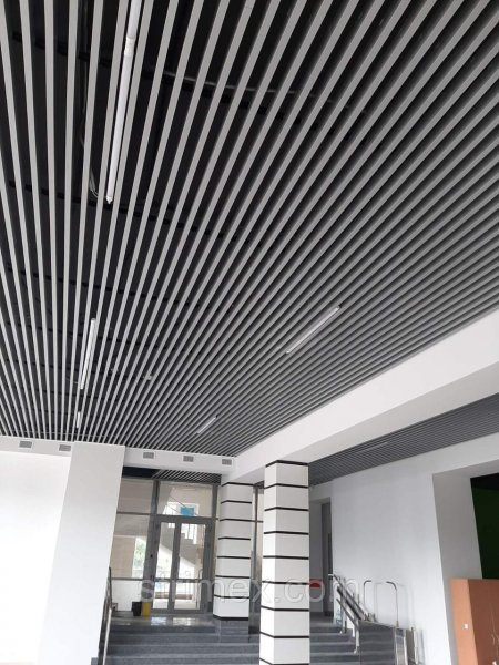 Фото  1 Подвесные металлические системы Strim-CEILING кубообразный реечный потолок 2340553