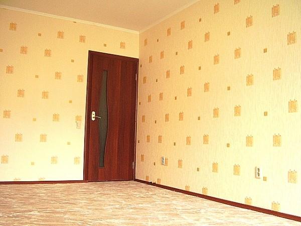 Поклейка обоев Киев Bинил, флизелин, пробка, бамбук, фотообои и другие. Шпаклевка и покраска