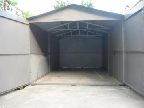 Покраска гаража металлического в один слой. Только работа.