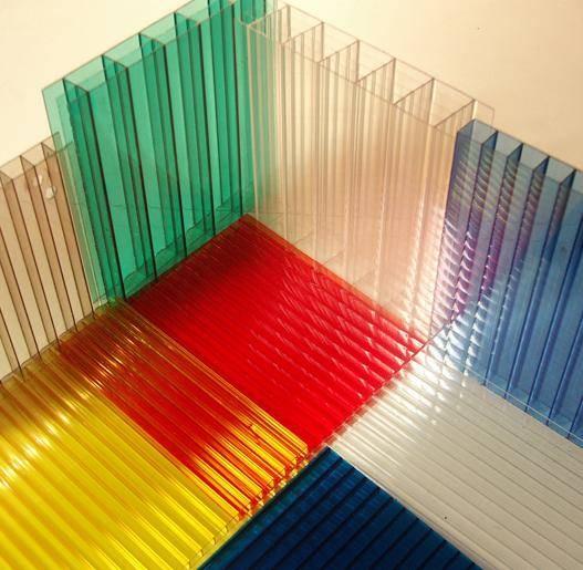 Поликарбонат строительный в письмах 2,1 х6 метров , толщина от 4 до 16 мм .