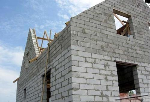 Полистиролбетонные блоки. Идеальное сочетание стенового и перегородочного материала для домов