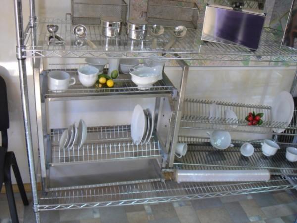 Полки кухонные, сушки для посуды