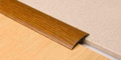 Порог ламинированый для закрытия разноуровневых стыков 8-13 мм. 4 см скрытый монтаж