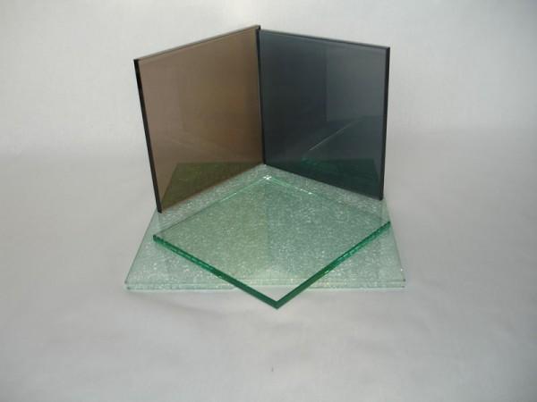 Предлагаем изделия из закалённого стекла.