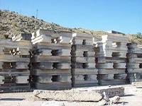 Продам б/у альминский блок, размеры 400х2400х100, 500х2400х100.