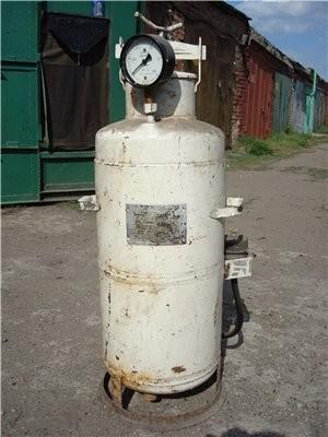 Продам генератор ацетилена старого образца (пуленепробиваемый)) )) загрузка карбида на 3-4 кг