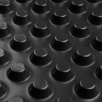 Профилированная мембрана ИЗОСТУД 400 гр. для защиты стен фундаментов, гидроизоляции, дренажа