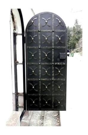 Производство металлоконструкций любой сложности, кованых ворот, решеток, калиток, беседок, мангалов. Доставка, монтаж.