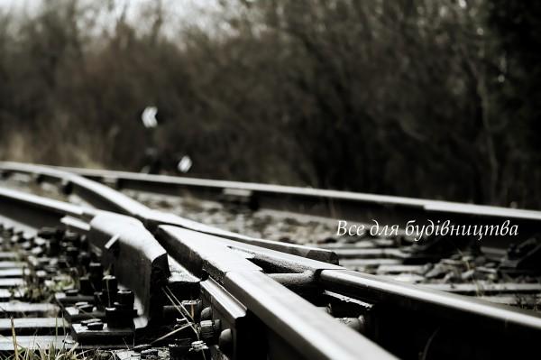 Пропонуємо дерев яні залізничні шпали, просочені та непросочені, якість згідно ДСТУ. Доставка. Дешево.