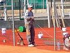 Работа по укладке теннисита (толщина слоя 5 см)