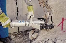 Разборка бетонных перегородок на промышленных объектах