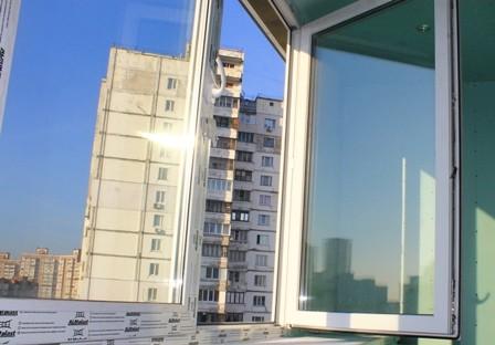 Регулировка створки пластикового окна