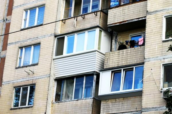 Ремонт балкона под ключ левый берег