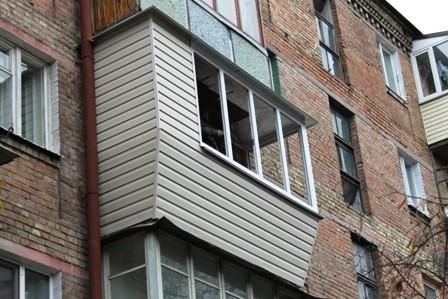 Ремонт балкона под ключ в хрущёвке на Дарнице