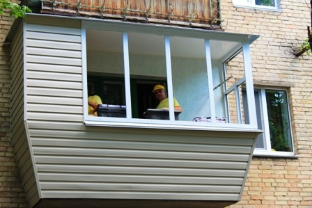 Ремонт балкона под ключ в хрущёвке в Киеве