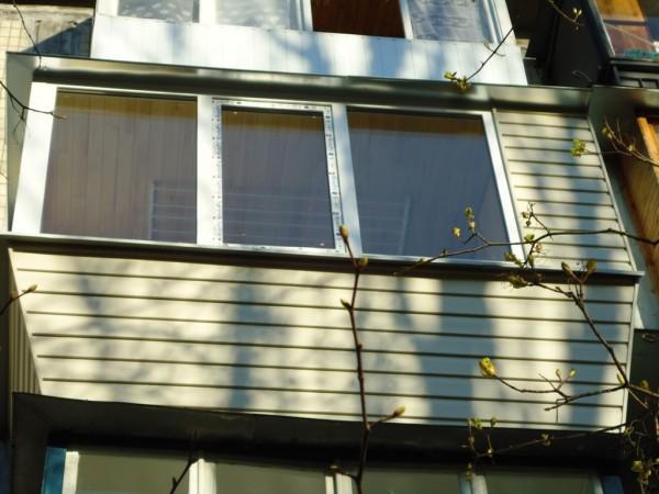 Ремонт балкона под ключ в панельной хрущевке цена 28000 грн..