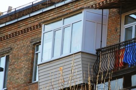 Ремонт балкона в сталинке стоимость
