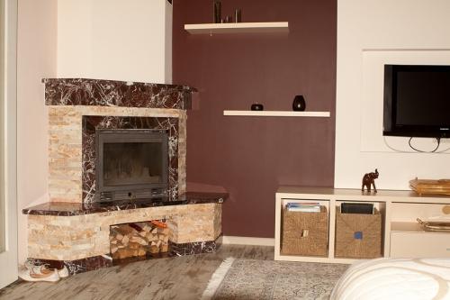 Ремонт квартири від дизайну інтерєра до здачі під ключ. Оздоблення натуральними матеріалами.