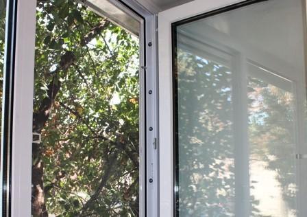 Ремонт пластиковых окон на Дарнице