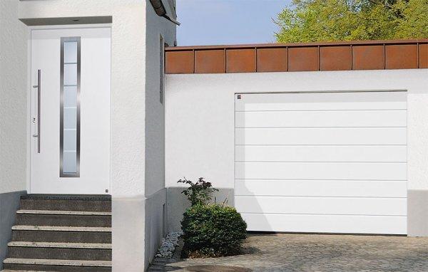 цвет гаражного ворота и входной двери