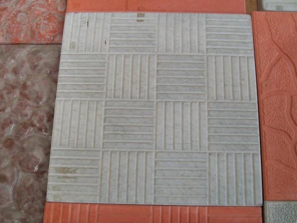 Резинка размер 30,0*30,0 11 шт. на 1 кв. м толщина 3,0 см цвета:желтый, черный, красный, коричневый, серый