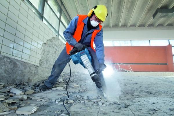 Резка, демонтаж бетонных полов, асфальта в Харькове