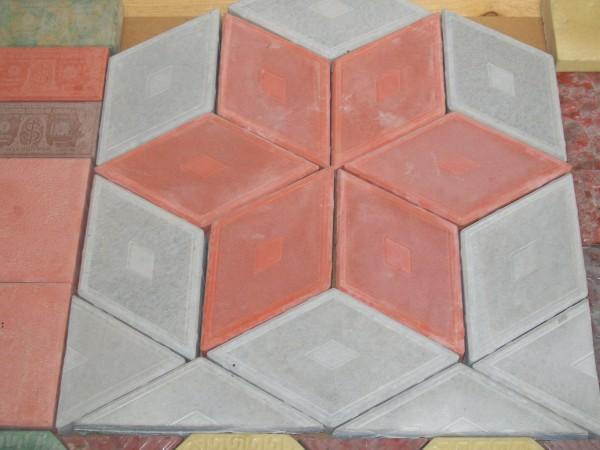 Ромб узорный размер 19,0*33,0 32 шт. . на 1 кв. м толщина 4,5 см, цвета:желтый, черный, красный, коричневый, серый