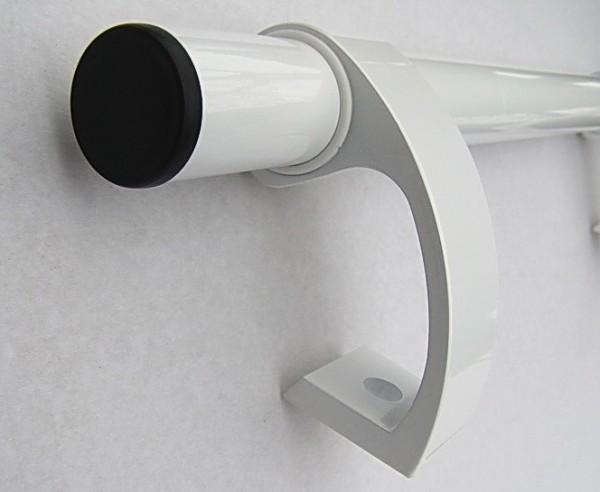 Ручка магазинная. Нестандартный дизайн, надежное крепление ручки к двери.