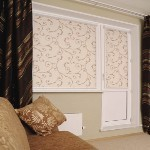 Рулонні штори ( тканинні ролети ), на замовлення , під стиль приміщення і побажанням замовника .