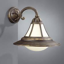 Сборка и навес люстры, бра, светильника