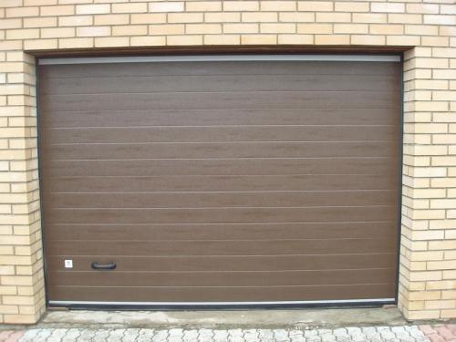 Секционные гаражные автоматические ворота