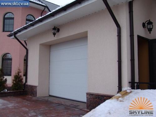 Секционные ворота (гаражные) откатные под заказ. Подробней на сайте - http://skl. cv. ua/