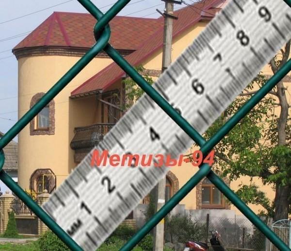 Сетка Рабица с полимерным покрытием 45х1,8/2,8. Высота рулона от 1 до 4 метров; в рулоне 10-25 метров погонных.