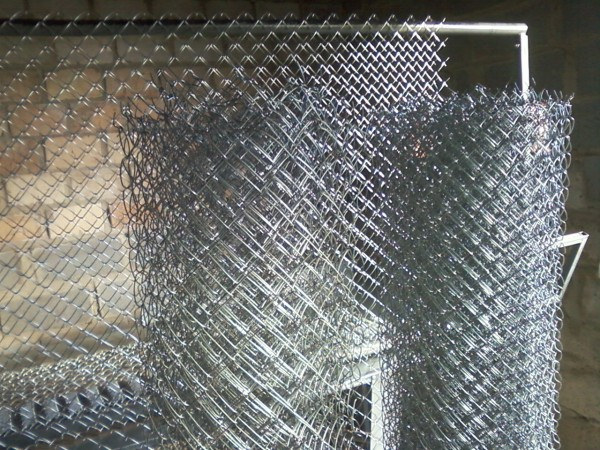 Сетка Рабица ячейка-50*50 д. проволоки-2,0мм высота-1,80м