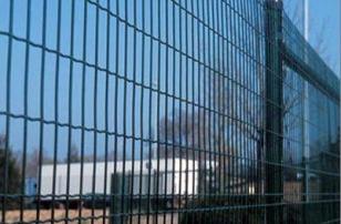 Сетка сварная в ПВХ-покрытии Высота: от 1 до 2,5м Длина: 10..25м