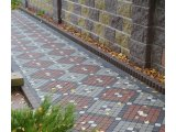 Фото  4 Шашка (цвет на сером цементе) 6 см. 4944759