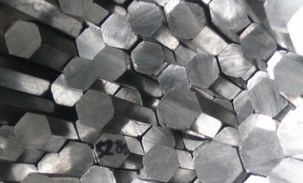 Шестигранник алюминиевый ф27 мм Д16Т (дюраль), длина 3,1-3,2 мп.