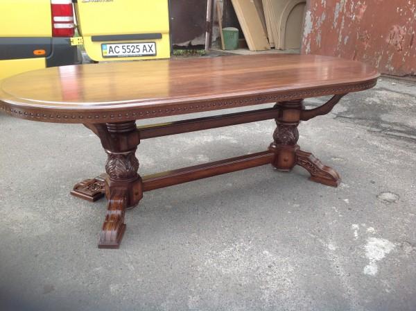 Шикарный стол с Резьбой из Массива Дуба.