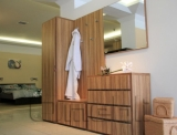 Шкаф гардеробный UK-70   зебрано A10251