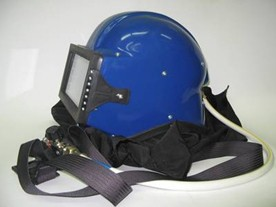 Шлем пескоструйщика оператора абразивно-струйной очистки Кивер-1. Корпус из ударопрочного стеклопластика.
