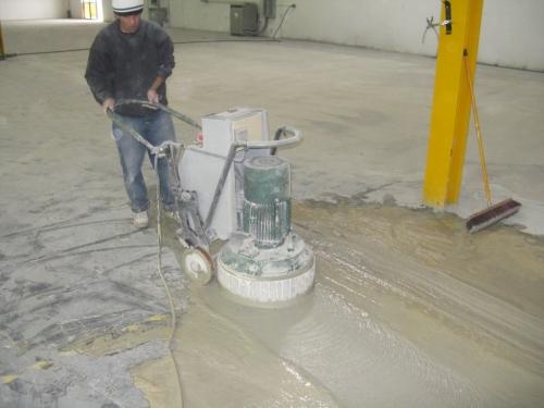 Шлифованный бетон, полировка бетонного пола