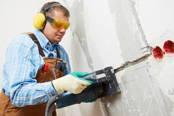 Штробление для електрокабеля в бетоне
