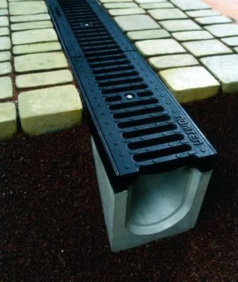 Системы водоотвода, лотки бетонные, лотки пластиковые.