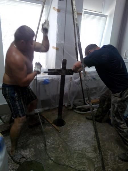 Скважина в помещении 10-30 м диам. 50 мм для поверхностного насоса