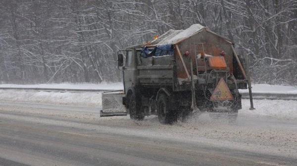 Чи достатньо у Івано-Франківську суміші для посипання доріг взимку?