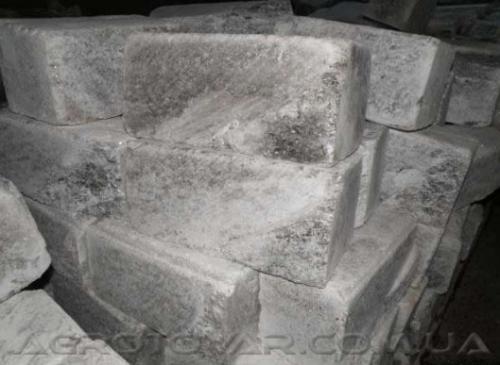 Соляные блоки размером 200х200х400 мм, весом 35 кг, для постройки соляных комнат