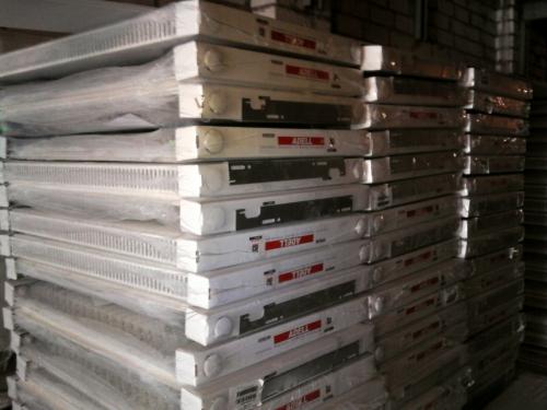 Стальные радиаторы фирма AdeLL толщина метала 1,25мм Размер 11 Класс 500*1000