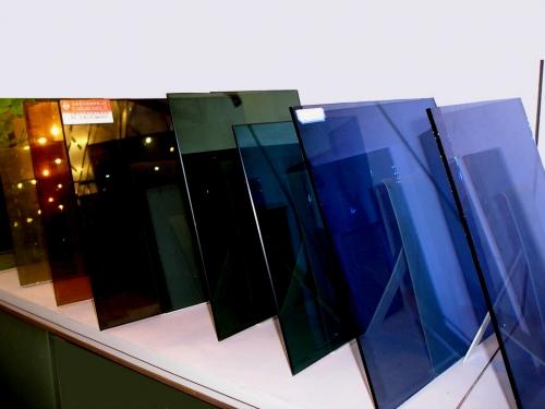 Стеклопакет однокамерный с рефлекторным стеклом, 4-24-4р (32 мм)